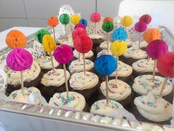 Mini muffins decoration
