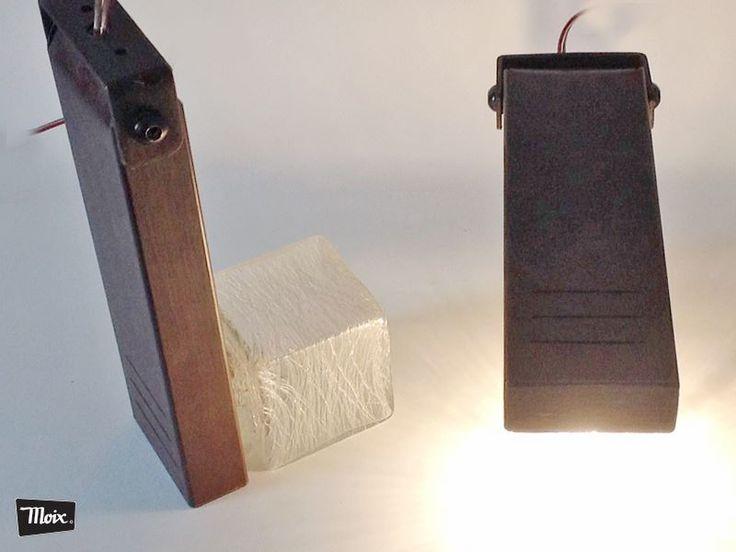 Lámparas AVAS de moix, abatibles para lectura y ambientes cálidos. 100% artesanal Hierro crudo + tulipas de vidrio soplado años 70' + iluminación led - 380 € la pareja.