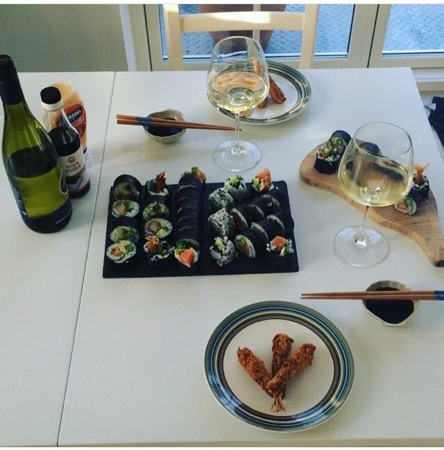 I made sushi the other day for my man  it's fun to make and it tastes amazing  it's with salmon and tempura shrimps ✌️