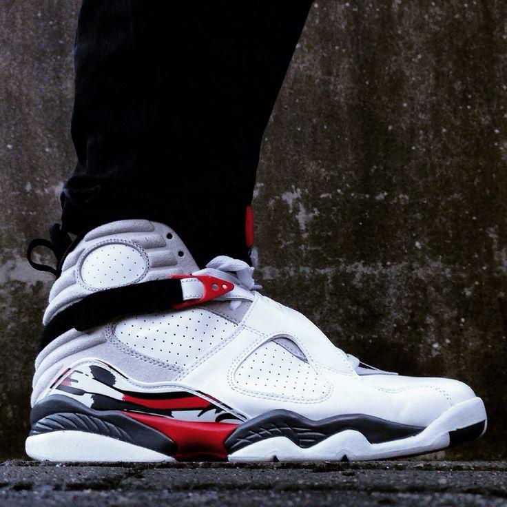 """Air Jordan 8 """"Bugs Bunny"""""""