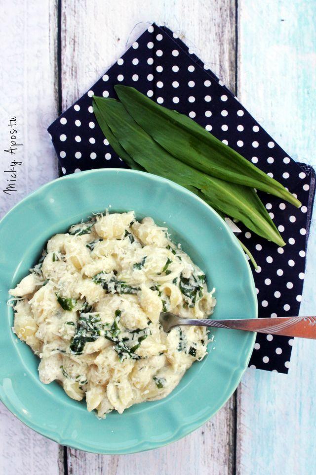 Creamy wild garlic pasta