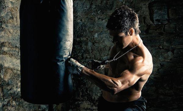 http://www.fitnow.pl/pl/silownia-dla-niego/przemien-swoje-tricepsy