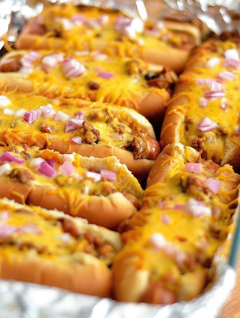 10 Best ideas about Chili Cheese Dogs on Pinterest   Hot ...