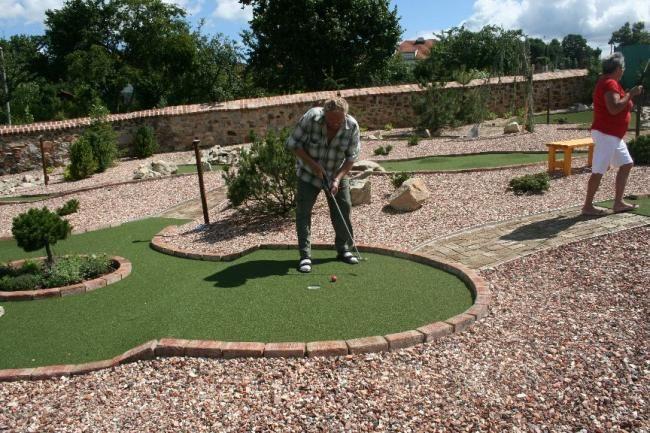 adventure golf 4.jpg