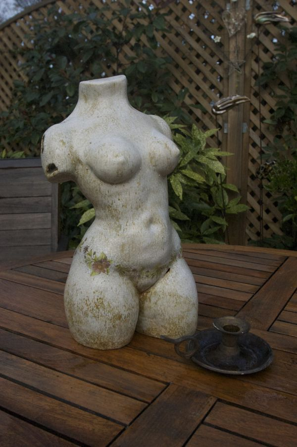Think, Naked women garden statues something