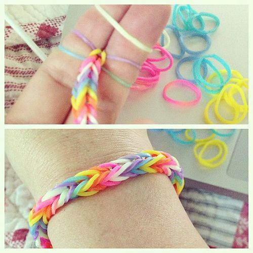 How To Make Rubber Band Bracelets – No Rainbow Loom