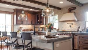 Watch Fixer Upper Full Episodes - Season 3 from HGTV                                                                                                                                                                                 More