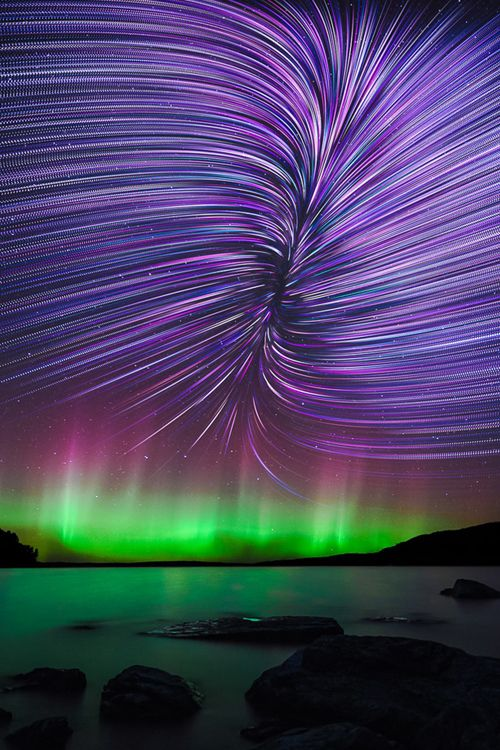 imposingtrends:  Rift Star Trails | IT | Facebook | Instagram