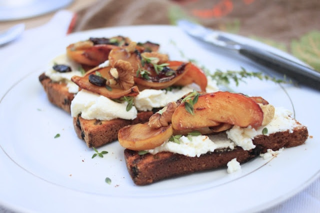 Nutmegs, seven: Spiced caramelised apple and cranberry toast with ricotta and thyme