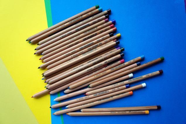 Пошаговые мастер-классы. Том 5. | 495 фотографий3).Пастельные карандаши.  2 набора - Koh-i-noor и Faber Castell. Карандаши Faber более твердые и ими рисовать было удобнее))