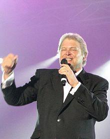 Singer - John Farham
