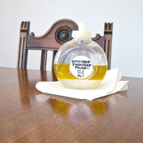 31 Days of Spring Cleaning DIYs: Homemade Furniture Polish: If you have wood furniture that needs a bit of buffing, then instead of reaching for that sticky stuff in the spray bottle, make your own homemade furniture polish with ingredients you probably have in your pantry.
