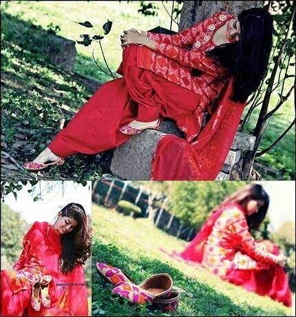 The girl in red wearing Punjabi jutti..... Go Ethnic