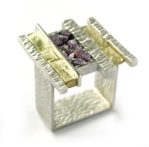 Elaine Cox  Ring: Square 2009  Silver, Gold, Rubies  3.5 x 2 cm