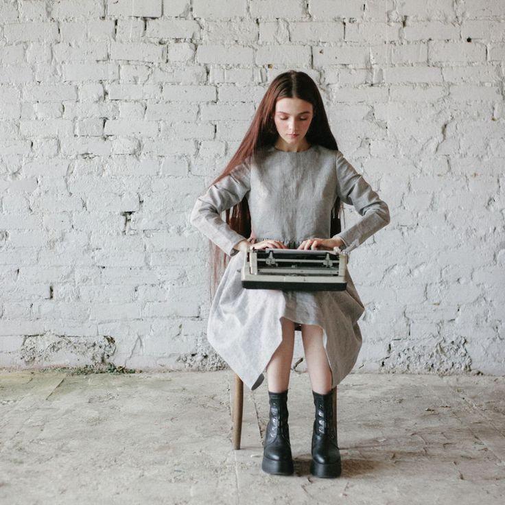 Классическое льняное платье