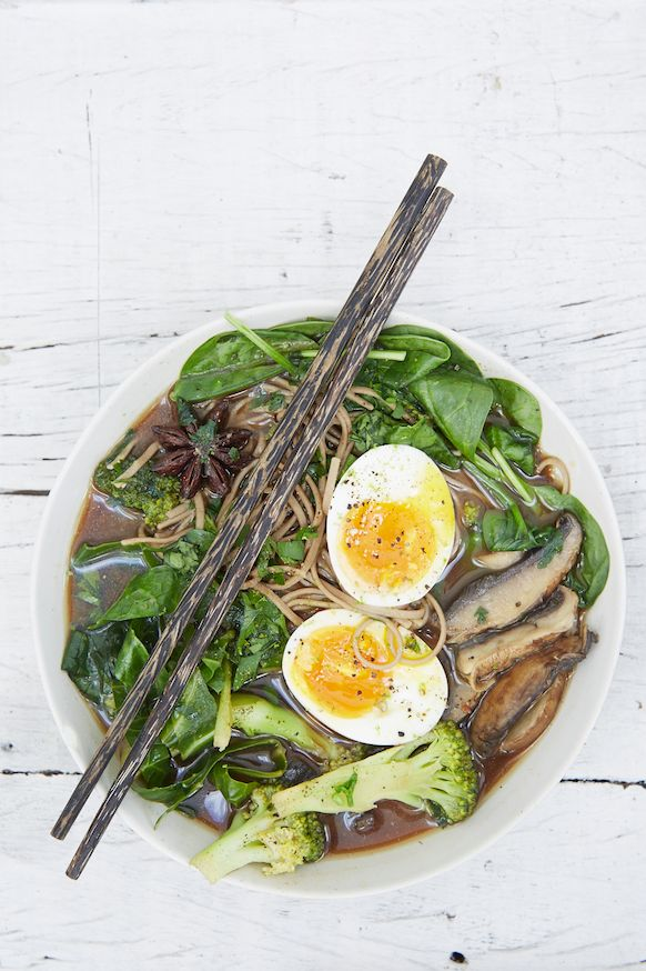 Ramen Bowl | Honestly Healthy Natasha Corrett Recipe   http://www.honestlyhealthyfood.com/blogs/honestly-healthy-food/41540993-ramen-bowl