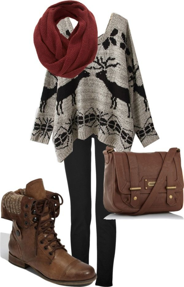 Great everyday look for winter: Over sized sweater, leggings, military boot, scary and cross body bag personally