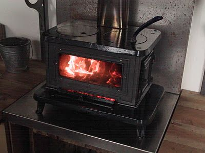Resource for wood stoves for a tiny house. - 23 Best Wood Stoves Images On Pinterest