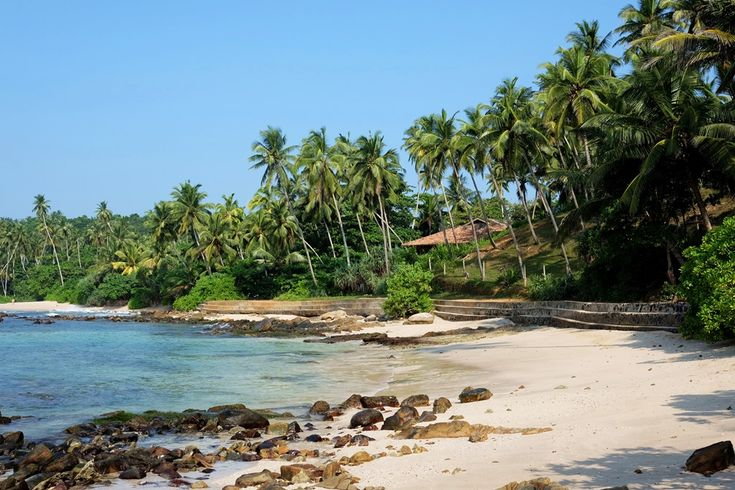 Sri Lanka was the very first exotic destination I and my Hater have ever visited.That country has everything you expect from a holiday paradise.