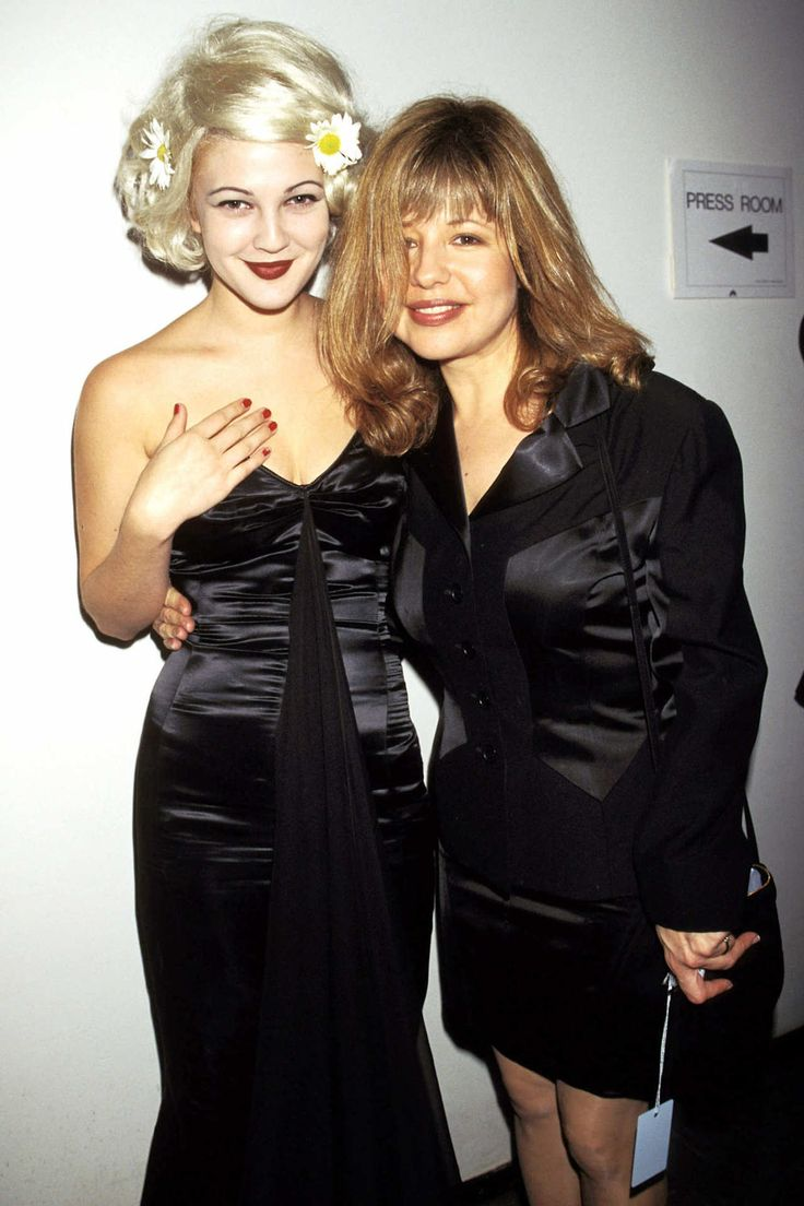 Drew Barrymore and Pia Zadora, 1995