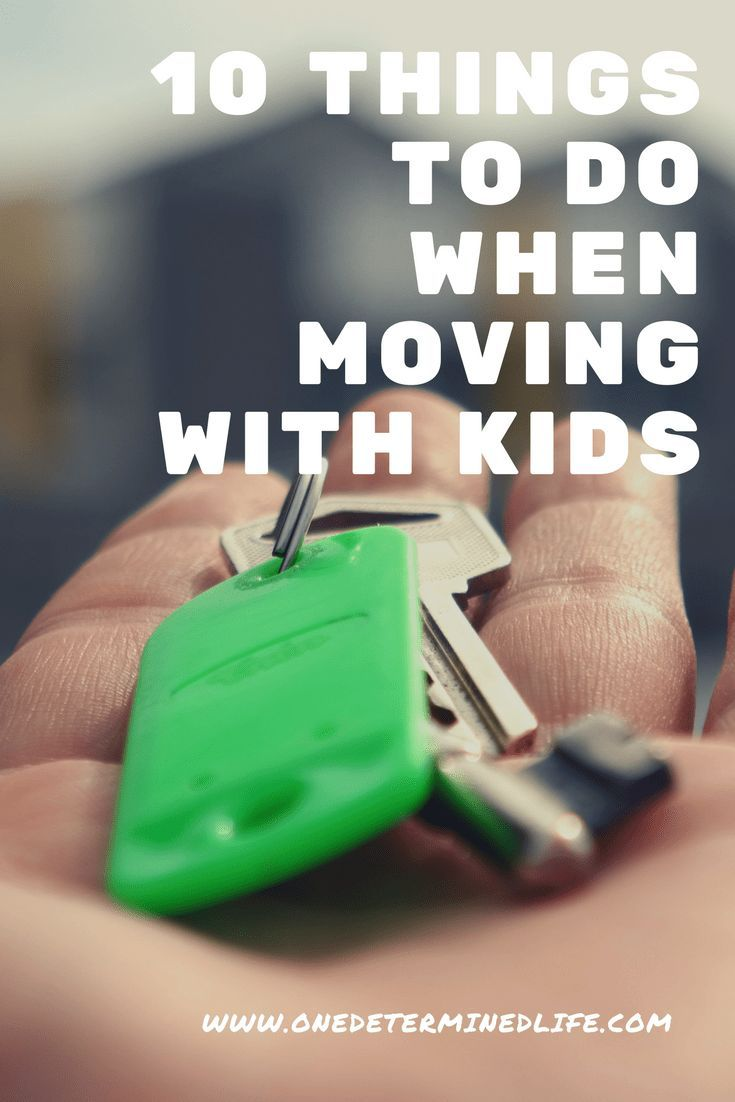 Moving is lots of work, but moving with kids is so much harder. If you are planning to move soon, click to read some tips that will make moving so much easier. #moving #parenttips