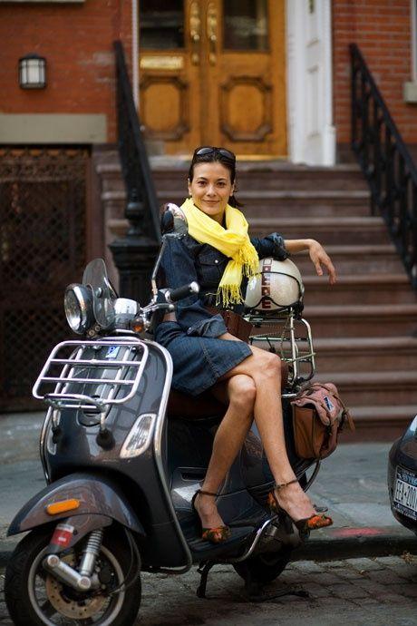 Pretty scooter girl. Benidorm, Spain, España