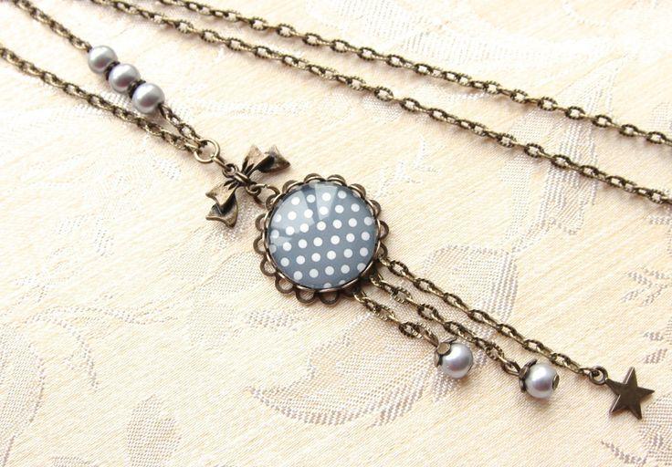 collier sautoir vintage bronze cabochon pois blanc et gris, étoile bronze n.46 : Collier par naifane-bijoux
