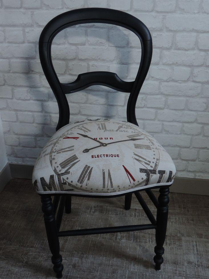 chaise ancienne peinte en noir et recouverte d 39 un nouveau tissu meubles relook s pinterest. Black Bedroom Furniture Sets. Home Design Ideas