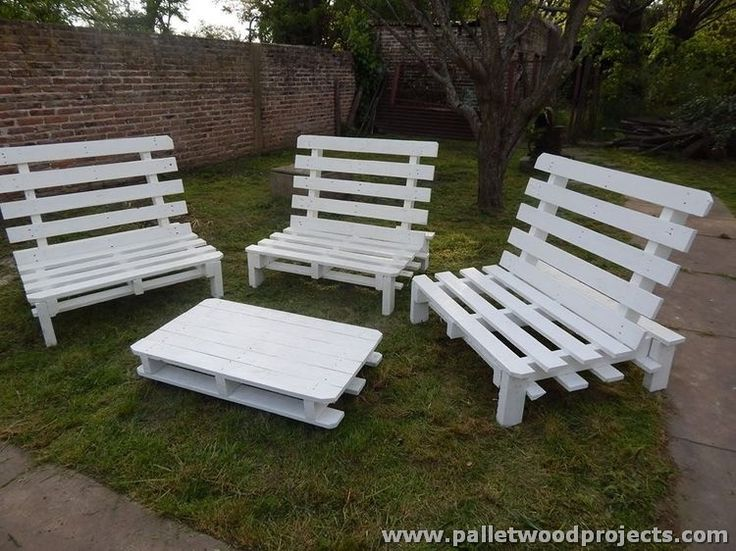 Lovely Outdoor Ideas With Wooden Pallets Part 18