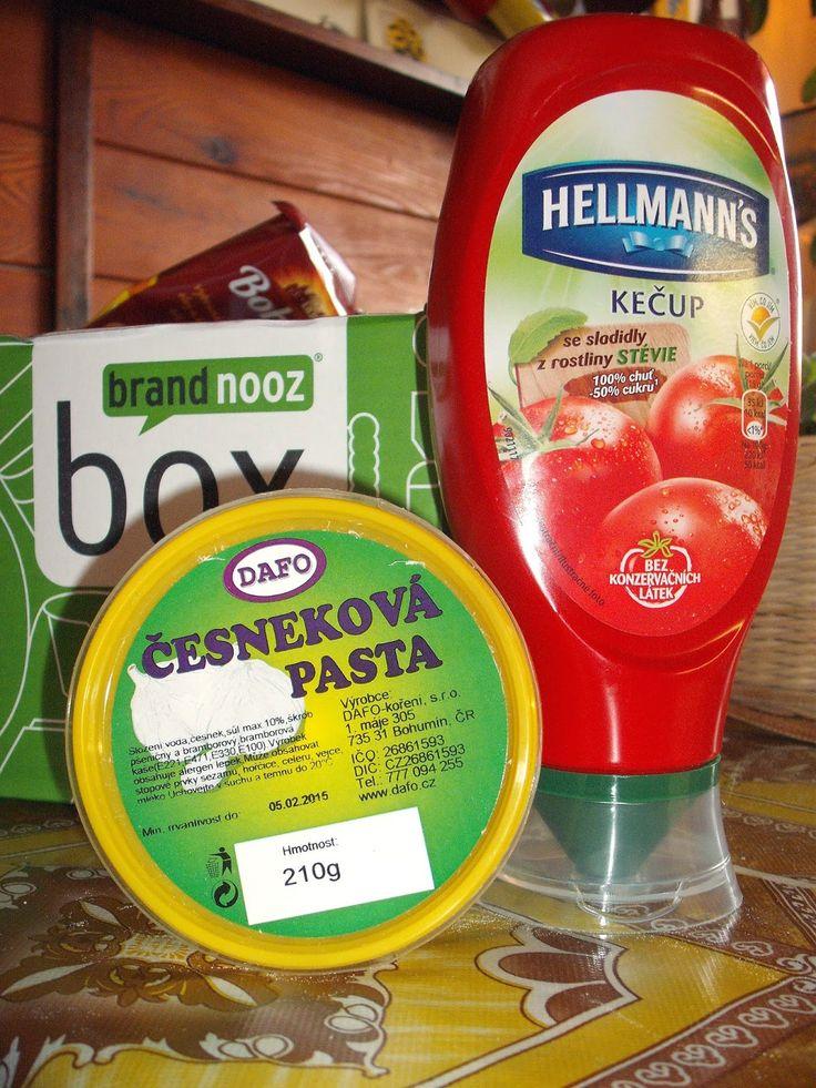 Kečup se sladidly z rostliny Stévie a česneková pasta