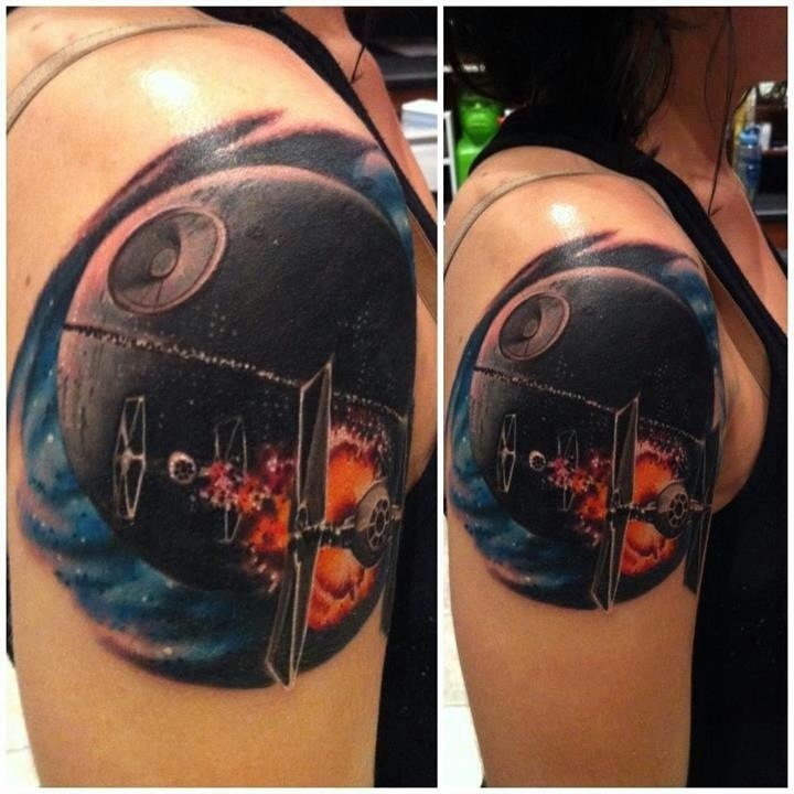 Star wars tattoo. This tattoo is amazing! Well done!