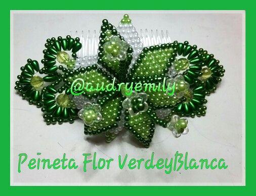 Peineta Flor Verde Esmeralda