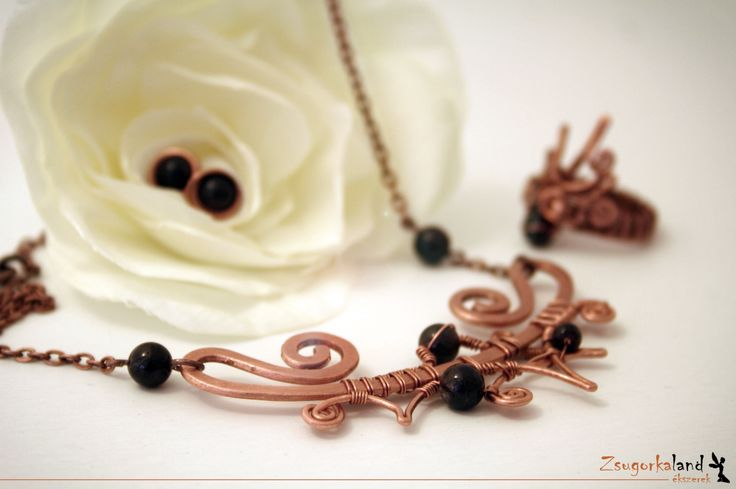 Jewelry set made of copper and granat pearl www.facebook.com/Zsugorkaland