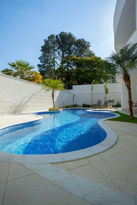 Las 25 mejores ideas sobre piscinas modernas en pinterest for Estilos de piscinas modernas
