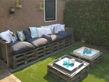 17 best images about deco palets on pinterest planters for Sofas con palets para jardin