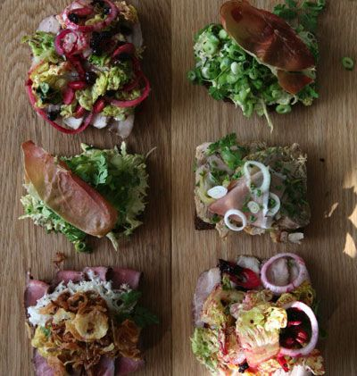 RESTAURANT SCHONNEMANN // Bestes #Smorrebrod in #Kopenhagen    Hauser Plads 16  1127 Kopenhagen http://www.restaurantschonnemann.dk/