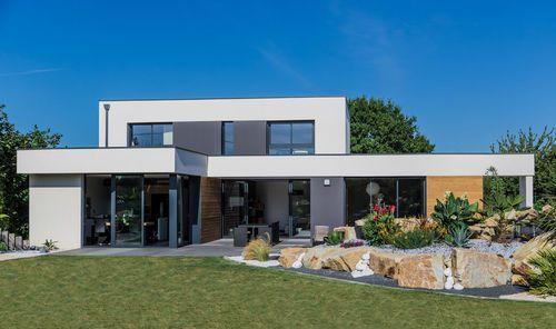 Découvrez les plans de cette une maison au confort contemporain sur www.construiresamaison.com >>>