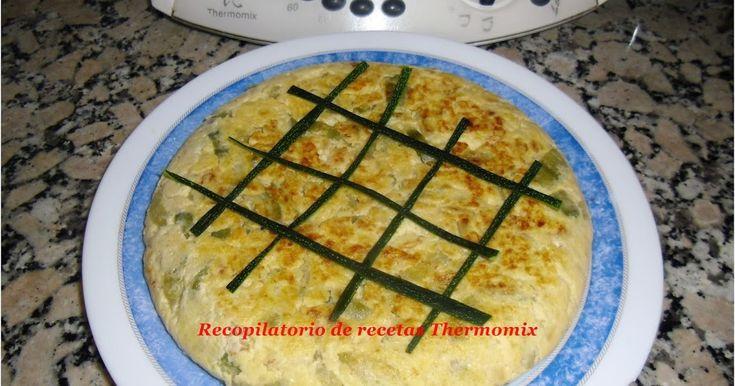 Receta hecha, probada y escrita por Blog Recopilatorio de recetas  Tere y Merchy.    La tortilla de calabacín en thermomix queda ex...