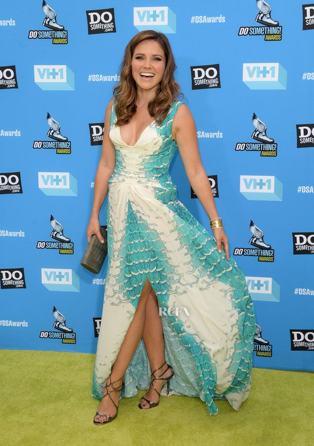 Sophia Bush - DoSomething.org And VH1's 2013 Do Something Awards