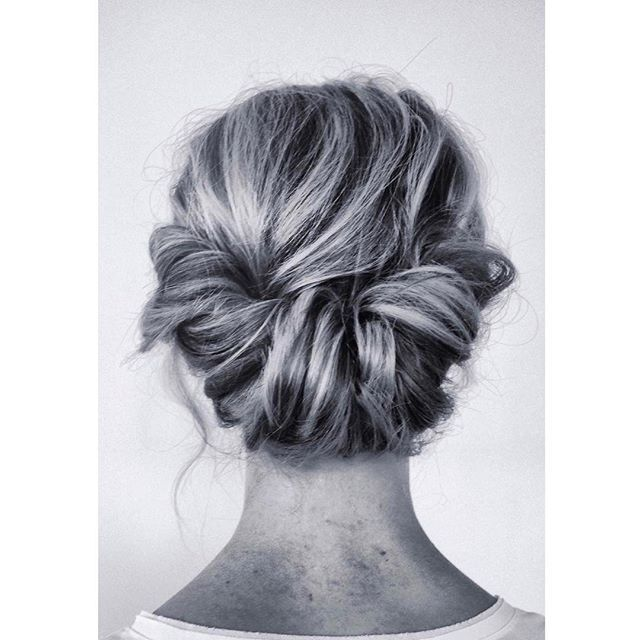 The only thing missing is a beautiful veil... oh and maybe the dress;) Our master #sabrinadijkman from @the__wedding__chapter strikes again with this pretty classic updo #weddinghairstyle #beauty #updomaster #classicupdo #veil #whatwelove #bridalupdo #bridalhairstyle #inspiration #pure #simpel #bridal #hairinspiration #bridalinspiration
