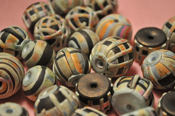 A close up of the beads right after I applied the Gilders Paste. You can see how dark and dingy they are at this stage.