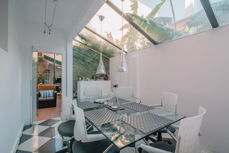 HomeLovers: dining room // greenhouse