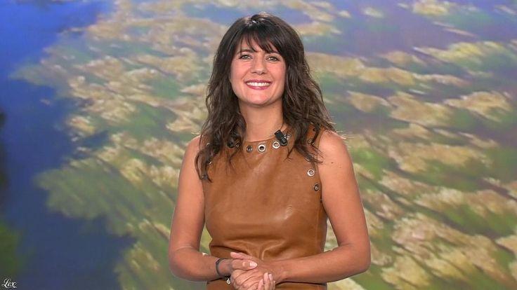 Estelle Denis lors du Tirage du Loto. (Cuir, Estelle Denis).