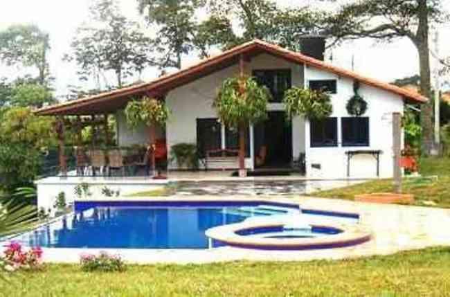 652aa3d3aef9d4-venta-de-casas-prefabricadas-nuevas-129761.jpg (650×429)