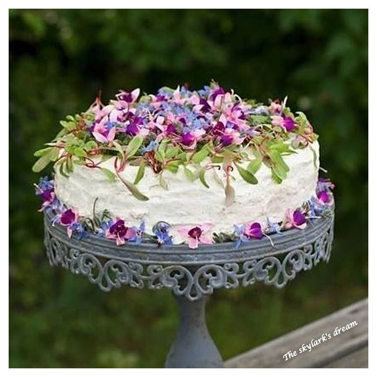 Wedding Cake Flowers Edible: 87 Best Edible Flowers For Wedding Cakes Images On