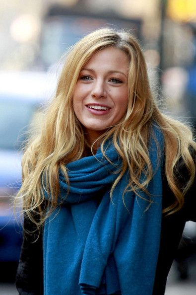 Blake Lively Hairstyles Elegant And Stunning, Blake Lively Natural Hair Color Hairstyles For Long Wavy Hair