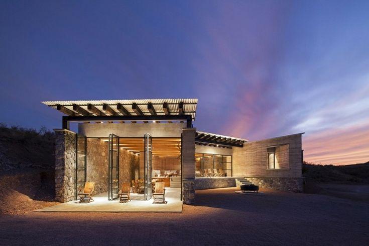 terrasse de la maison colo avec baie vitr e portes accord on maison sandra matthieu. Black Bedroom Furniture Sets. Home Design Ideas