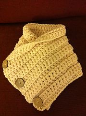 Ravelry: 3 Button Crochet Cowl pattern by Maria McClung-direct link to the FREE pattern