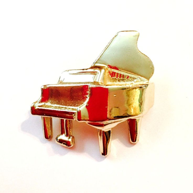 Gold Tone Baby Grand Piano Pin Brooch   | eBay
