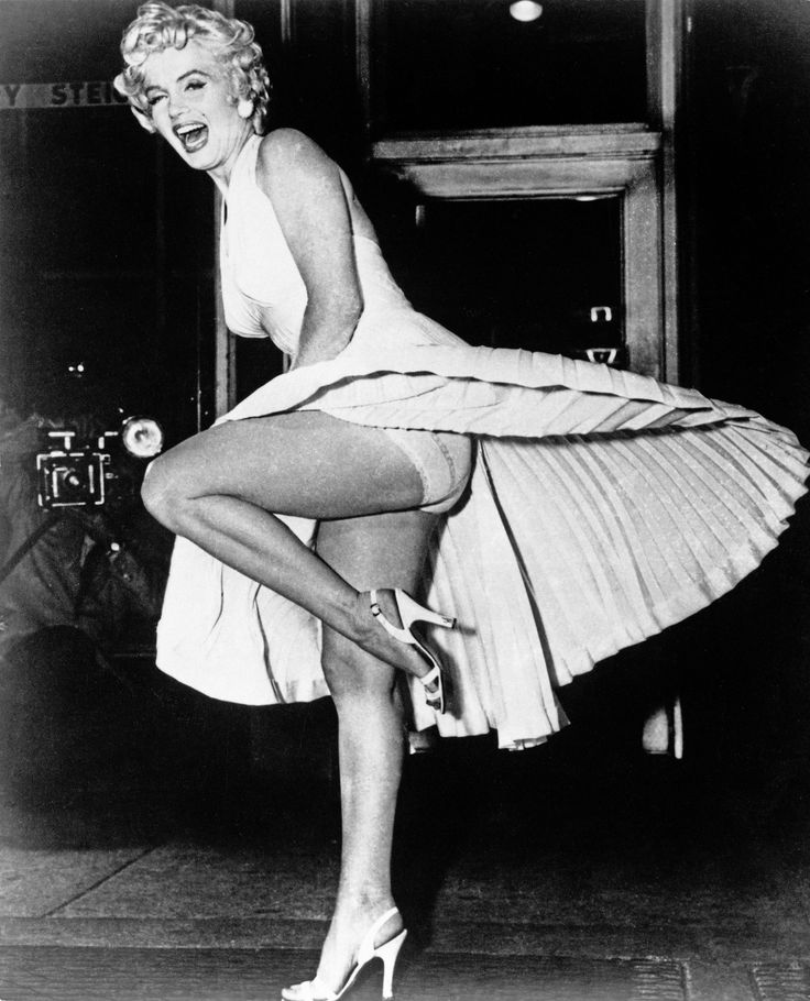 Last Minute Halloween Costume Idea: Marilyn Monroe / Click for How-To